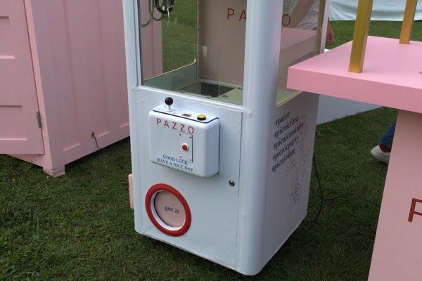 PAZZO  好感衣著  風格野餐日 暖暖的微風  娃娃機