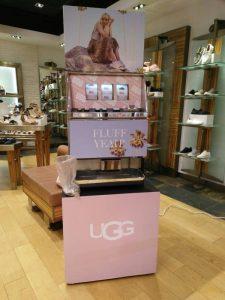 UGG 鞋子 雪靴 專櫃 活動  拉霸機 抽獎 客製化貼圖包機  遊戲機 陽昇國際