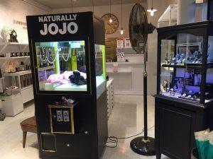NATURALLY JOJO,品牌旗艦 服飾 飾品 HAPPY ZOO夾娃娃機 遊戲機 陽昇國際