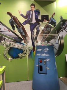 107資訊月 台北世貿一館 資訊展 夢幻水晶塔 客製化 大型扭蛋機 陽昇國際